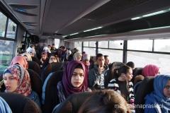 arabskim autobusem jedziemy z Jerozolimy do Betlejem