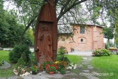 figurka św. Gertrudy w pobliżu kaplicy św. Gertrudy