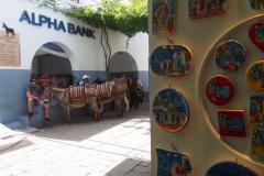 główny przystanek osiłków czekających na turystów