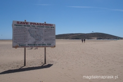 na plaży Parasonissi