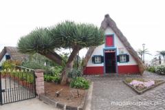tradycyjny domek