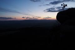 wschód słońca podziwiam ze szczytu Szczeliniec Wielki