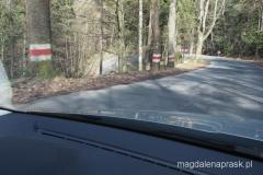 drogi w Górach Stołowych - emocjonujący zakręt