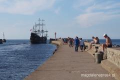 turystyczny żaglowiec - kopia statku Kolumba