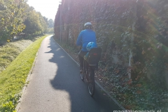trasa rowerowa wzdłuż ulicy Lechickiej