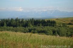 widok na Tatry rozpościerający się z Beskidu Żywieckiego