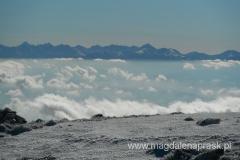 szczytu Babiej Góry - widok na Tatry