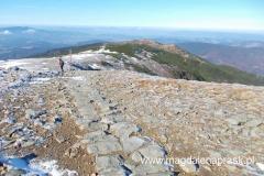 na grani nieco poniżej szczytu Babiej Góry