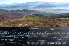 z Baraniej Góry pięknie prezentuje się Beskid Żywiecki i Tatry