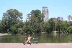w parku miejskim