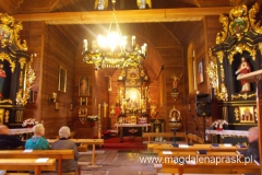 wnętrze kościoła w Bukowcu
