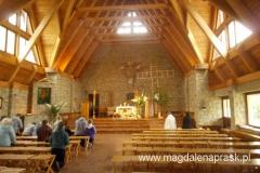 wnętrze kościoła w Jamnej