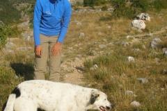 .....dwa śliczne psy, które będą nam towarzyszyły w drodze na szczyt