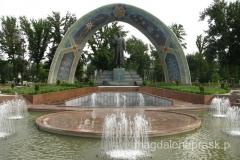 pomnik poety Rudaki