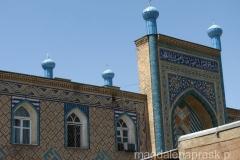 meczet Haji Yakoub - dopiero z bliska widać jak pięknie jest ozdobiony