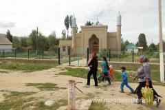 nowoczesny meczet z elementami blachy czyli największy chyba budynek w Dżeti Ogyz