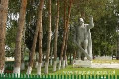 wojenny pomnik w centrum Dżeti Ogyz