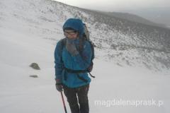 już na początku pogoda się popsuła, wieje i zawiewa śniegiem