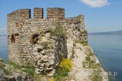 niska wieża została dobudowana przez Turków do obrony przed bronią palną