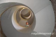 klatka schodowa wewnątrz latarni morskiej na Helu