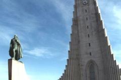 Reykjavik - najwyższy kościół - 34lata - 78m