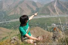 Tam chcemy się dostać! Tam na horyzoncie widać było ośnieżone szczyty Pamiru