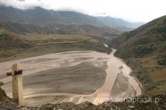 podróż przez Tadżykistan - z wielkich gór w dolinach tworzą się wielkie rzeki