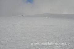 Karkonosze zimą przypominają nieco Arktykę - wielkie płaskie przestrzenie śnieżne