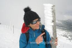 takie lodowe detale często zdobią zimowe szlaki w polskich górach