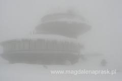 ufo na szczycie Śnieżki czyli Obserwatorium Meteorologicznego i restauracji Instytutu Meteorologii i Gospodarki Wodnej we Wrocławiu im. Tadeusza Hołdysa