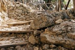 Wąwóz Samaria jest objęty parkiem narodowym z czym związane są liczne ograniczenia