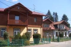 domy w tradycyjnej zabudowie
