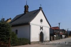 przydrożny, mały kościółek