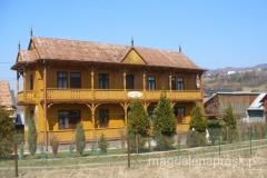 piękny tradycyjny dom
