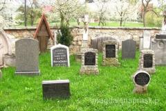 cmentarz parafialny przy kościele pw św. Bartłomieja w Czermnej