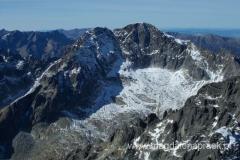 na szczycie Łomnicy (2.634m npm) - widok na Lodowy Szczyt