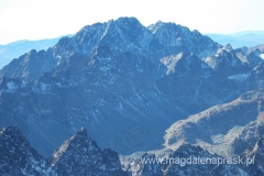 na szczycie Łomnicy (2.634m npm) - widok na Gerlach