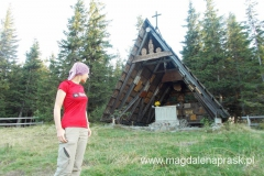 kaplica Matki Bożej Opiekunki Turystów na szczycie Okrąglicy