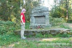 pomnik ku czci poległych partyzantów w czasie II wojny światowej na Hali Malinowej