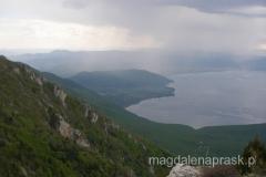 tuż przed burzą.... - widok na Jezioro Ochrydzkie z Przełęczy Livada