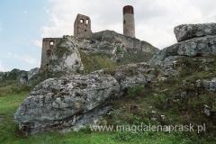 Dziś w olsztyńskim zamku poza wieżą niewiele się ostało.