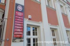 w budynkach poklasztornych umieszczono ośrodek dla dzieci niewidomych