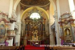 wnętrze kościoła pw. św. Jana Chrzciciela