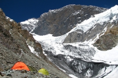 Obóz 1 na 5.100m npm - piękny widok na Pamir