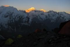 wieczór w Obozie 1, widok na Pamir