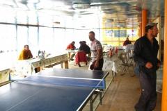 w tzw. Szklarni (agencyjny budynek) można było nawet pograć w tenisa stołowego