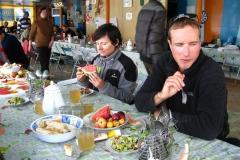po zejściu z gór, w trakcie restu w Bazie czasami chodziłam do agencyjnej stołówki na obiad - musiałam czasem zjeść normalne jedzenie by się wzmocnić