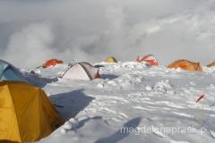 w Obozie III na wysokości ponad 6.100m npm panują już ekstremalne warunki