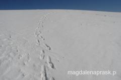 wyjście do toalety z Obozu III po dziewiczym śniegu