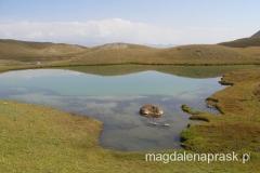 okolica Bazy usiana jest małymi, malowniczymi jeziorkami